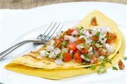अब नाशते में बनाएं टेस्टी Eggless Omelette