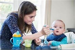 बच्चे के लिए नैनी ढूंढते समय इन बाताें का रखें खास ख्याल