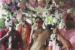 ''आयशा'' एक्ट्रैस अमृता पुरी ने रचाई शादी, ऑफ-व्हाइट लंहगे में दिखा रॉयली अंदाज