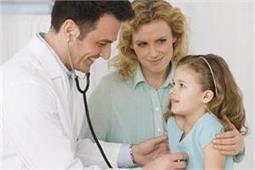 बच्चे का डॉक्टर चुनते समय बरते सावधानी, इन बातों पर दें खास ध्यान