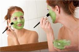 चेहरे की कई समस्याओं को दूर करते है धनिया से बने ये 3 Face Pack