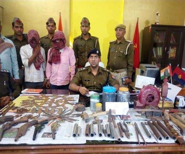 UP निकाय चुनाव से पहले पुलिस ने अवैध गन फैक्ट्री का किया पर्दाफाश