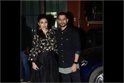 सलमान की बहन ने घर पर रखी पार्टी, स्टाइलिश अंदाज में दिखे Bollywood Stars