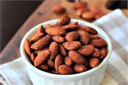 रोजाना 5-6 भूनें हुए बादाम के सेवन से दूर होती है सेहत की कई समस्याएं!