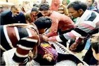 मंदिर गई छात्रा को बदमाशों ने किया अगवा, गैंगरेप के बाद खिलाया जहर