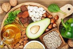 विटामिन ई के लक्षणों को पहचान कर डाइट में शामिल करें ये आहार