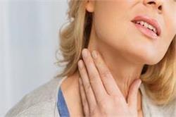 थाइरोइड के शुरूआती लक्षण और कारण को न करें नजरअंदाज