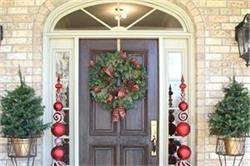 क्रिसमस पर ऐसे करें घर की डैकोरेशन, खिल उठेगा घर आंगन