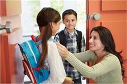 भूलकर भी न करें इग्नोर बच्चों के स्कूल से जुड़ी ये 5 बातें