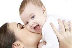 नवजात शिशु को बीमारियों से बचाने के लिए अपनाएं विंटर केयर टिप्स