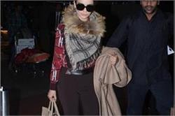 Watch Stylish Pics: कंगना का क्लासी एयरपोर्ट अवतार , लेबल Gucci की पहनीं हर चीज