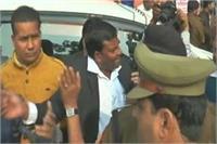 उर्दू में शपथ लेने वाले BSP पार्षद के खिलाफ FIR