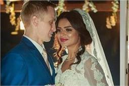 Pics: इन कपल्स की तरह अाप भी अपनी शादी काे बना सकते हैं यादगार
