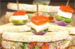शाम के स्नेक्स में बनाए टेस्टी-टेस्टी वेज़ सैंडविच