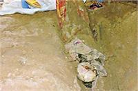वाराणसी: हत्या के बाद मकान में दफनाया साधु का शव, फैली सनसनी