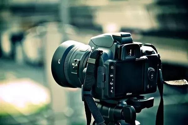 ये बजट DSLR कैमरे बन सकते हैं आपकी पहली पसंद