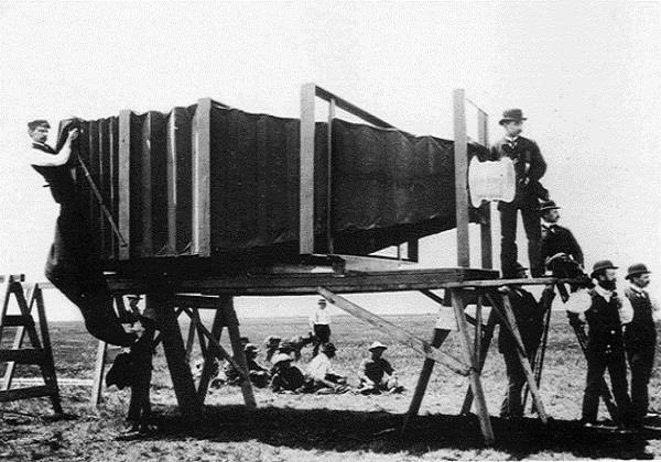 ये है दुनिया का सबसे पहला और सबसे बड़ा कैमरा