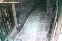 चोरों ने तोड़े 3 घरों के ताले, गहने व नकदी पर किया हाथ साफ