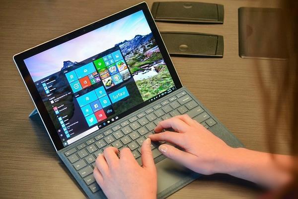 बिक्री के लिए उपलब्ध हुअा माइक्रोसॉफ्ट का Surface Pro LTE