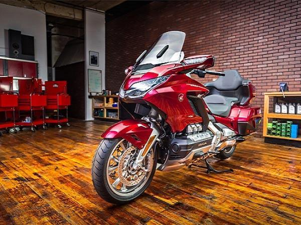 भारत में शुरू हुई Honda Gold Wing बाइक की बुकिंग