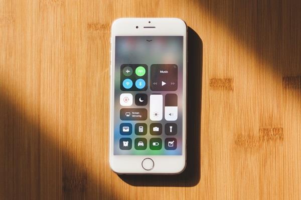 iOS 11 अब तक 59 प्रतिशत डिवाइस में हुआ अपडेट: रिपोर्ट