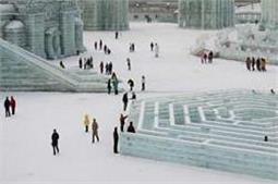 हर साल यहां मनाया जाता है Ice and Snow फेस्टिवल!