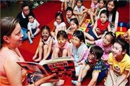 बच्चों को कहानियां सुनाना भी है जरूरी
