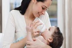 बच्चे को दूध न पचने पर अपनाएं ये नुस्खे !