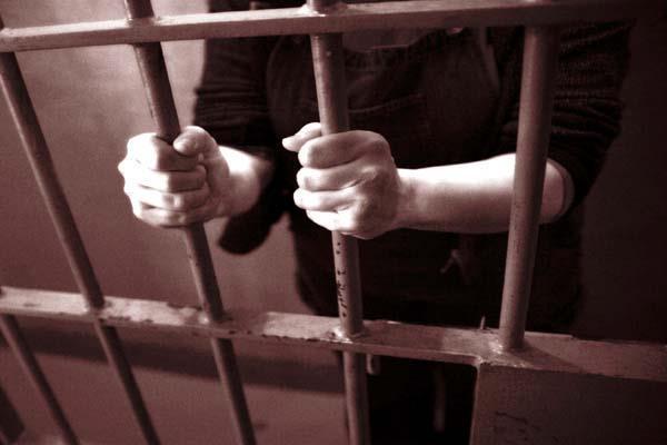 चाचा ससुर की हत्या की आरोपी महिला भेजी जेल