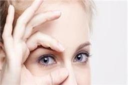 आंखों को सुरक्षित रखने के लिए जानें ये 8 जरूरी बातें