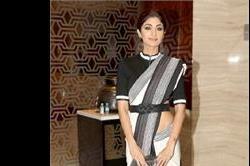 क्या आपको पसंद आया Shilpa Shetty का ये साड़ी लुक?