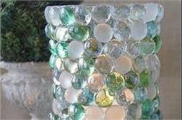 flat-bottom marbles से पुराने जार को बनाएं नया