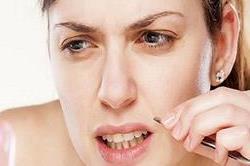 Natural Tips: सिर्फ 15 मिनट में हटाएं ठुड्डी और अपरलिप्स के अनचाहे बाल
