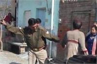 झगड़े की सूचना पर पहुंची डॉयल-100 पुलिस, युवक की जमकर पिटाई