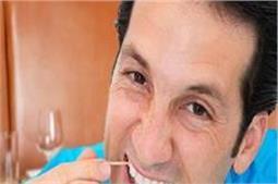 टुथपिक से होती हैं दांतों की 6 बीमारियां, हो जाएं अलर्ट !