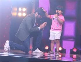 5 साल के बच्चे को हिमेश ने किया गाने के लिए साइन