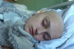 12 साल की बच्ची के पैर में हाे रहा था दर्द, डॉक्टर ने सच्चाई बताई ताे उड़े होश!(Pics)