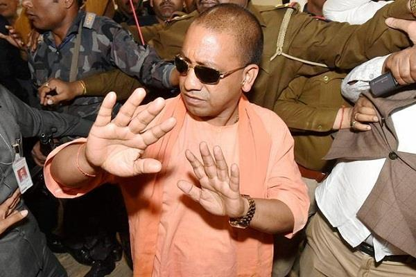 CM बनते ही एक्शन में आए योगी आदित्यनाथ, इलाहाबाद में दो बूचडख़ाने सील