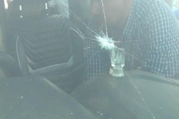 दिन दिहाड़े बरेजा गाडी में एक प्रॉपर्टी डीलर की गोली मार कर हत्या