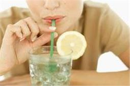 ज्यादा नींबू पानी पीने से हो सकती हैं ये समस्याएं