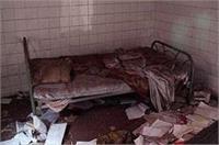 4 महीने से घर में बंद थे IIT प्रोफेसर और उसकी पत्नी, पुलिस ने तोड़ा दरवाजा तो उड़े होश
