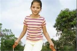 बच्चों कोे बचपन में सिखाएं ये एक्सरसाइज, तेजी से बढ़ेगी हाइट!