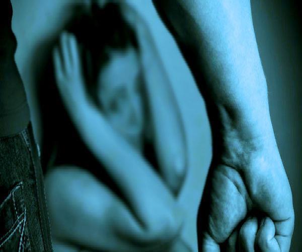 हैवानियत: जहरीली शिकंजवी पिलाकर 6 युवकों ने किया युवती से गैंगरेप