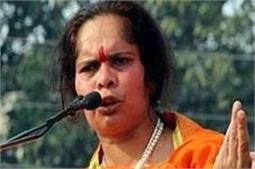 तीन तलाक से पीडित मुस्लिम महिलाएं हिंदुओं से करें शादीः साध्वी प्राची