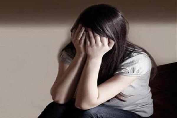 किशोरी ने लगाया इस भाजपा नेता पर बलात्कार का आरोप, मामला दर्ज