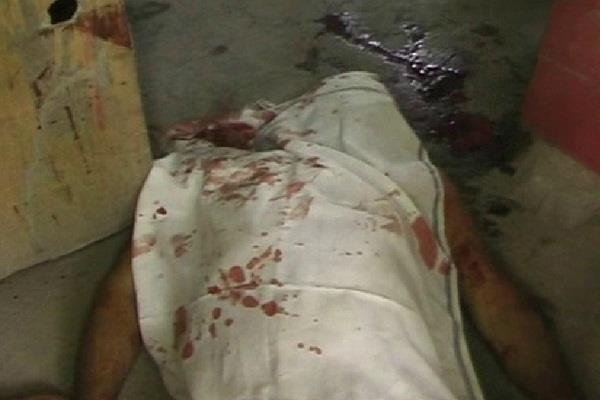 दुकान में बैठे युवक की गोलियों से भूनकर हत्या
