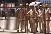 सहारनपुरः सच जानने निकले सपा नेताओं को पुलिस ने किया नजरबंद