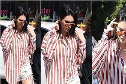 स्ट्राइप शर्ट के साथ Kendall ने पहनीं ये कैसी शॉर्ट्स, आप भी देखिए