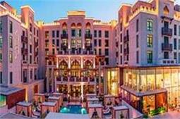 दुबई की Famous Markets, गोल्ड से लेकर इत्र तक मिलेगा सब कुछ