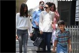 लंच डेट पर स्टाइलिश लुक में नजर आईं Kapoor Sisters